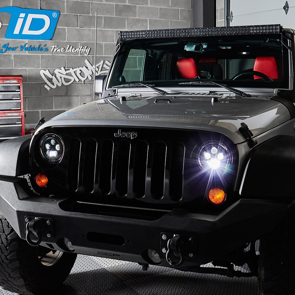 Jeep Halo Headlights >> Lumen 7 Round Chrome Projector Led Headlights With Switchback Halo