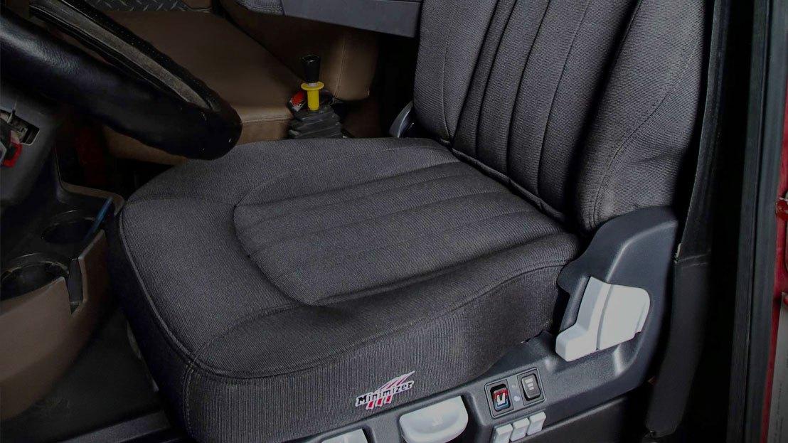 Truck Interior Accessories >> Semi Truck Interior Accessories Dash Kits Seat Covers Floor Mats