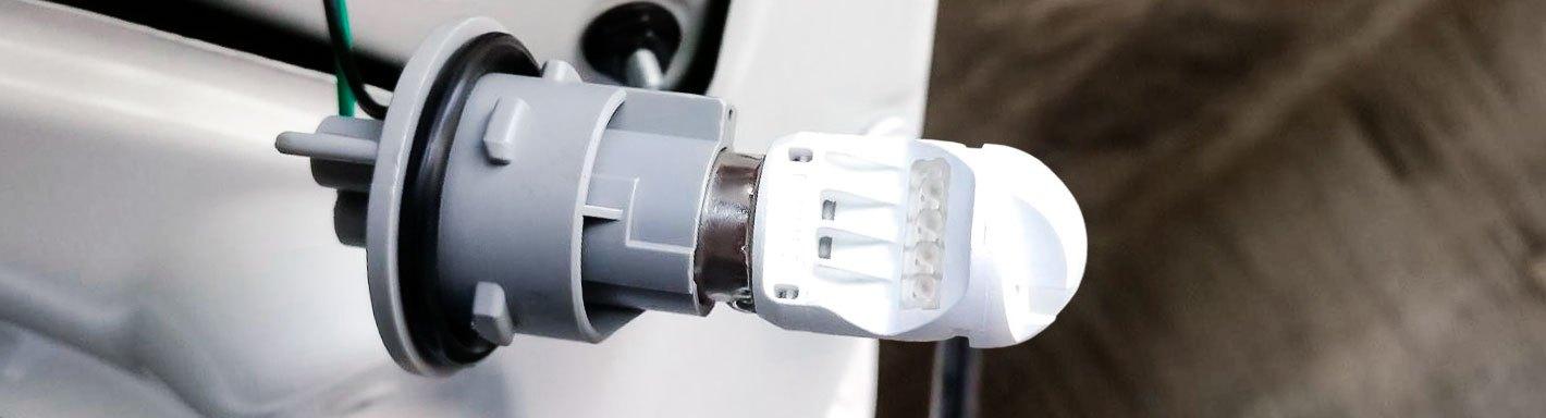 1999 Peterbilt 377 Turn Signal Bulbs